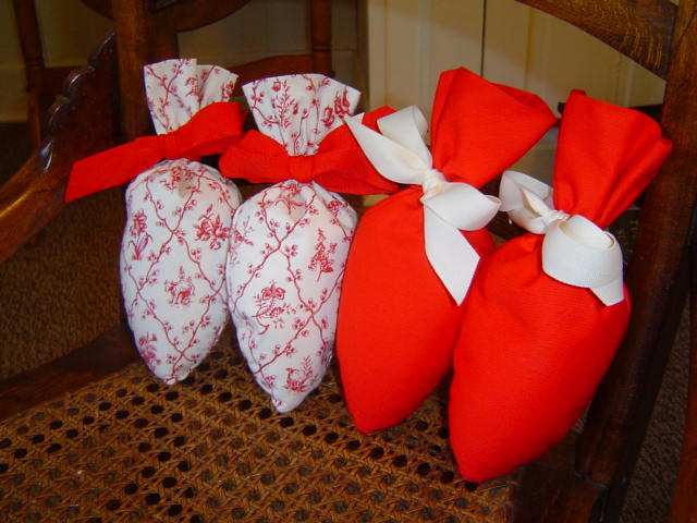 Lavender Scented Red Shoe Stuffers by Lavender Green