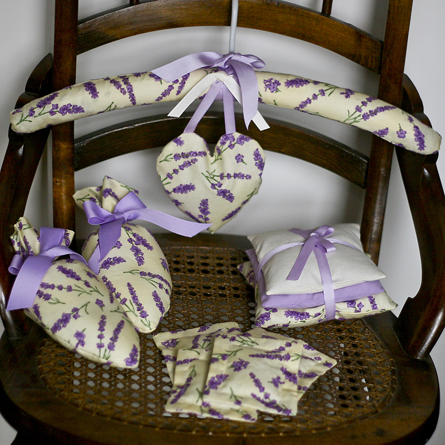 Add freshness and moth protection to your closets with our Lavender Closet Set.